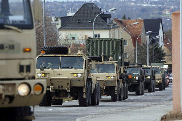 Militär-Konvoi